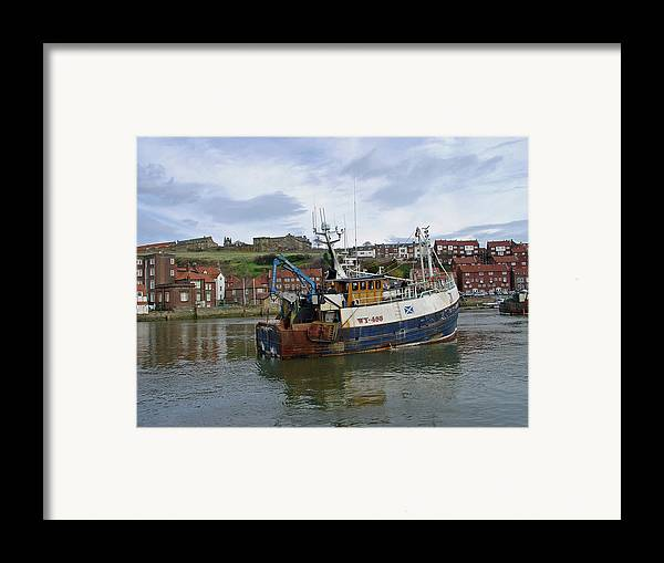 Europe Framed Print featuring the photograph Fishing Trawler Wy 485 At Whitby by Rod Johnson