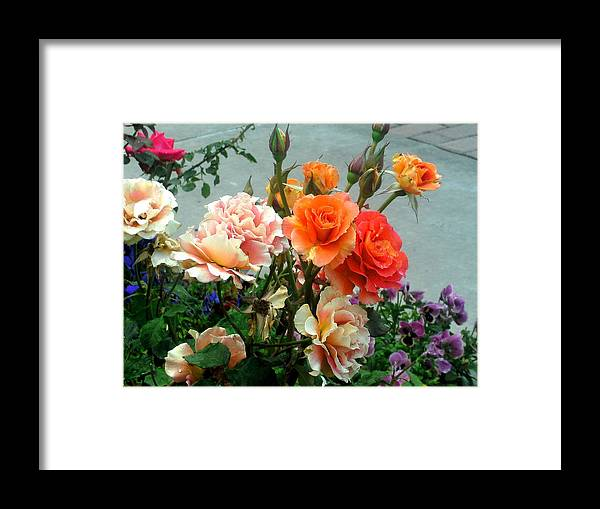 Flowers Framed Print featuring the photograph Flowers For U by Cleautrice Smith