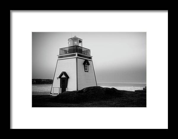 Canada Framed Print featuring the photograph Fox Point Lighthouse by Linda Cullivan