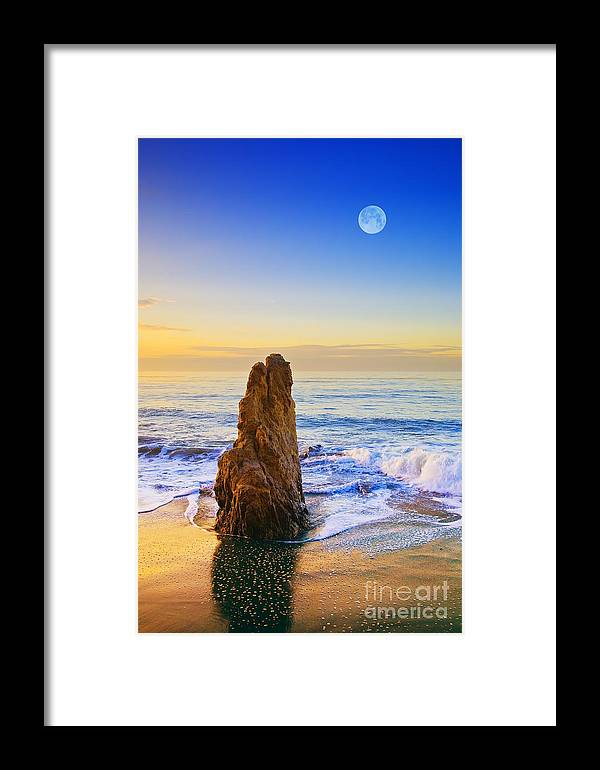 Beaches Framed Print featuring the photograph Full Moon Setting by Greg Clure