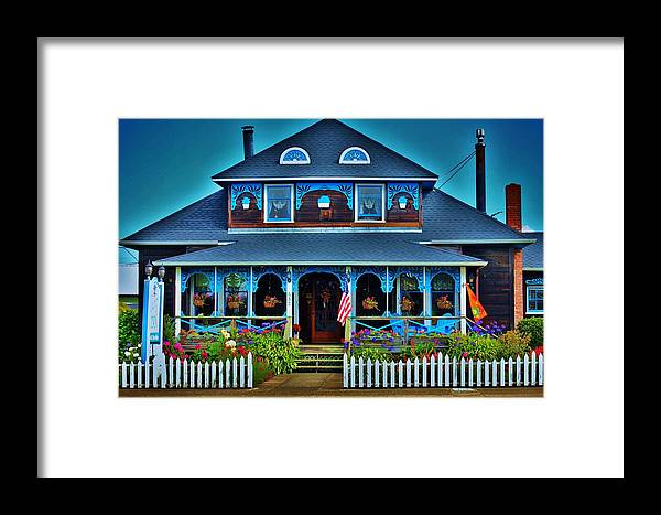 Bed N Breakfast Framed Print featuring the photograph Gingerbread House by Helen Carson