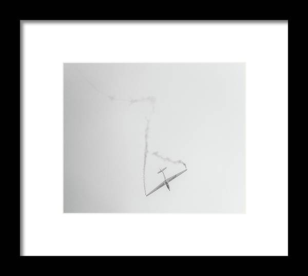 Glider Framed Print featuring the photograph Gliders by Martin Newman