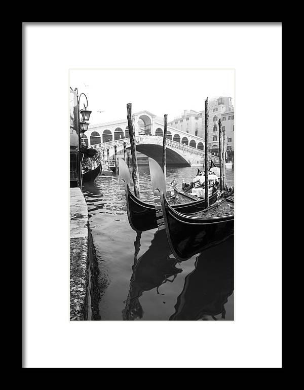 Venezia Framed Print featuring the photograph Gondole At Rialto Bridge by Marco Missiaja