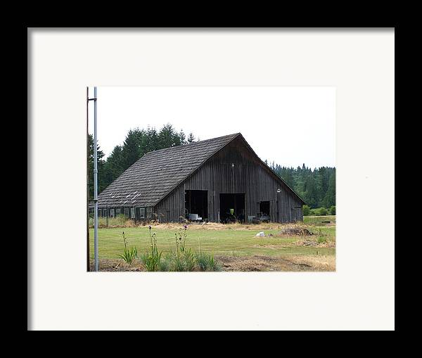 Barn Framed Print featuring the photograph Gray Barn   Washington State by Laurie Kidd