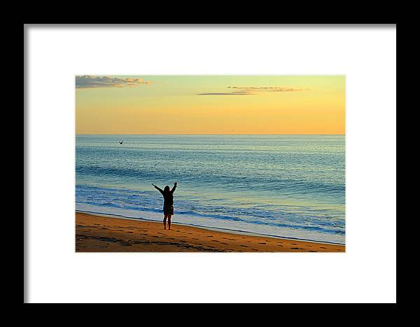 Ocean Framed Print featuring the photograph Greeting The New Day by Dianne Cowen