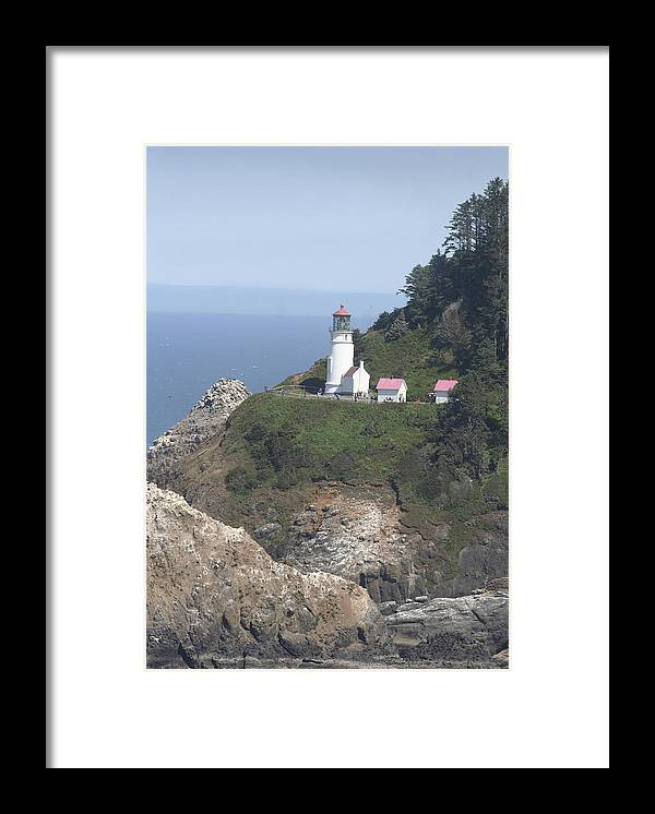 Lighthouse Framed Print featuring the photograph Heceta Head Lighthouse Li 9000 by Mary Gaines