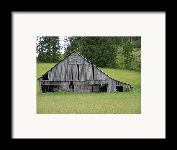Barn Framed Print featuring the photograph Holey Old Barn Washington State by Laurie Kidd