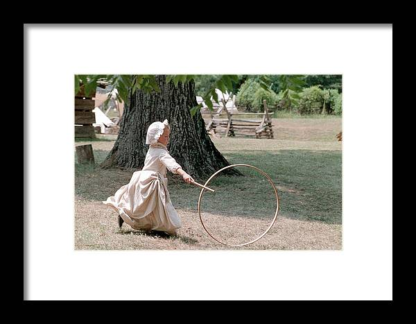 Hoop Framed Print featuring the photograph Hoop by Flavia Westerwelle