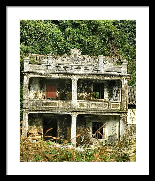 House Framed Print featuring the photograph I Was Once Grand by Kathy Daxon