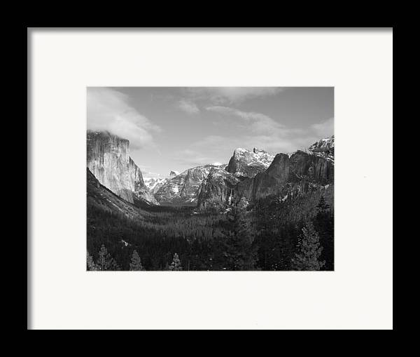 Yosemite Framed Print featuring the photograph Inspiration Point by Travis Day