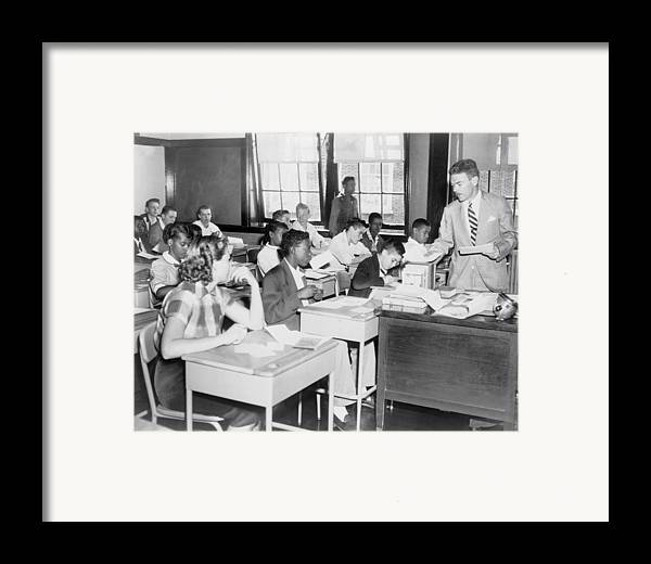 History Framed Print featuring the photograph Integrated Classroom In Washington by Everett