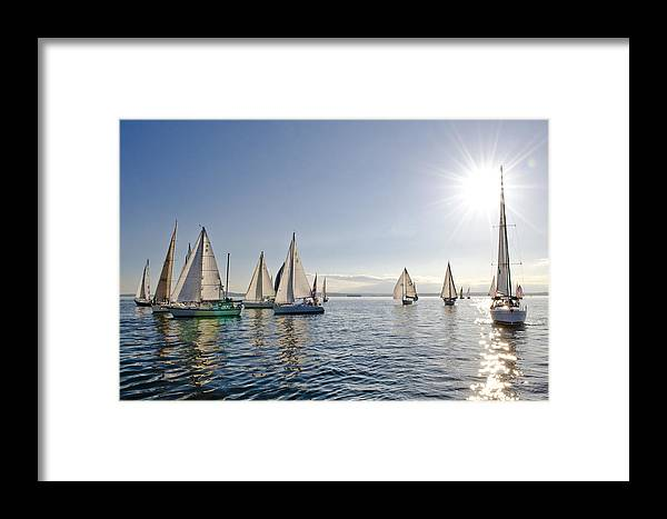 Seattle Framed Print featuring the photograph Into The Sun by Tom Dowd
