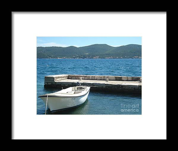 Inviting Waters Framed Print featuring the photograph Inviting waters by De La Rosa Concert Photography