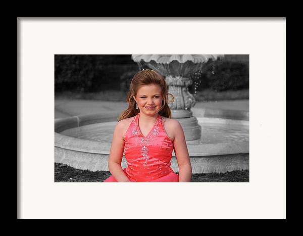 Framed Print featuring the photograph Jodi B - 2 by Lisa Johnston