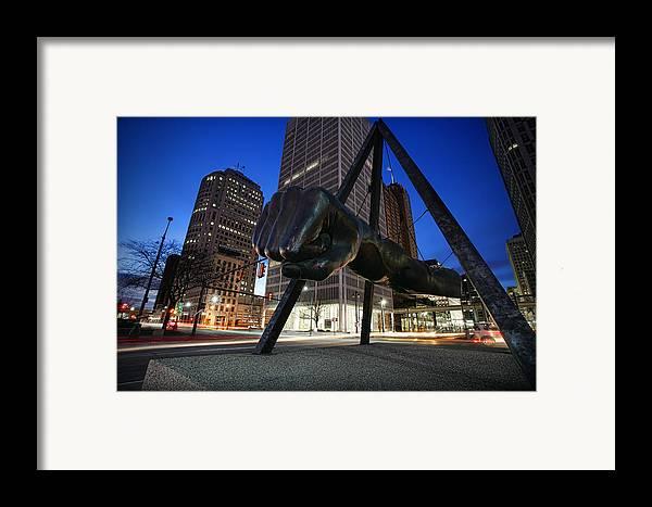 Joe Framed Print featuring the photograph Joe Louis Fist Statue Jefferson And Woodward Ave. Detroit Michigan by Gordon Dean II