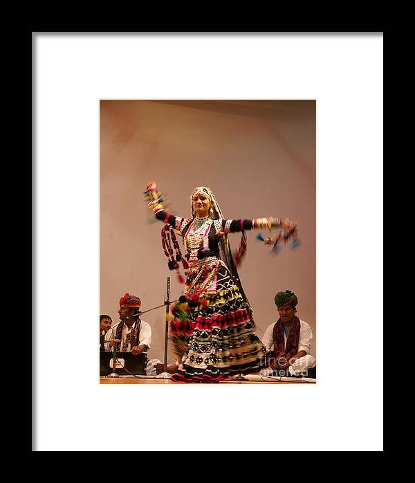 Kabelia Framed Print featuring the photograph Kabelia 35 by Padamvir Singh