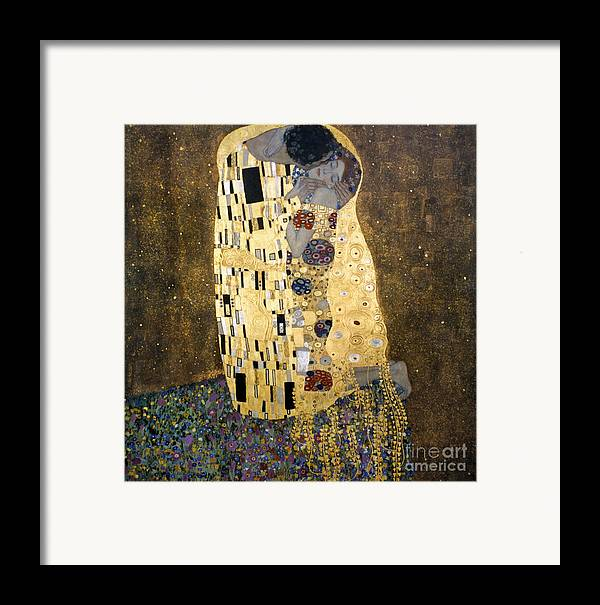 1907 Framed Print featuring the photograph Klimt: The Kiss, 1907-08 by Granger