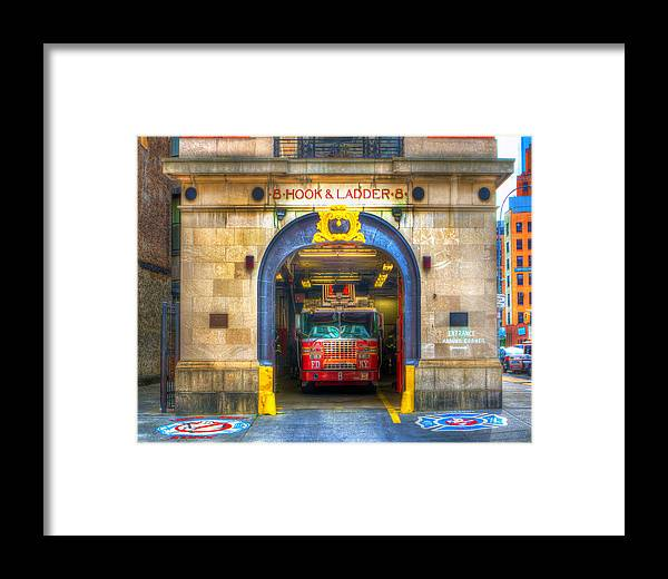 Nyfd Framed Print featuring the photograph Ladder 8 354 by Jeff Stallard