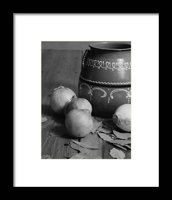 Cooking Framed Print featuring the photograph Laurel And Onions by Henry Krauzyk