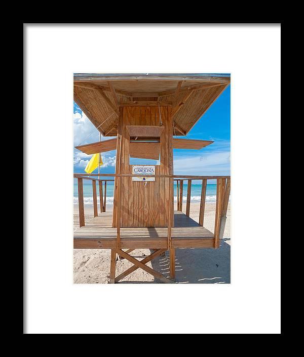 Balneario Carolina Framed Print featuring the photograph Lifeguard Hut On The Beach by George Oze