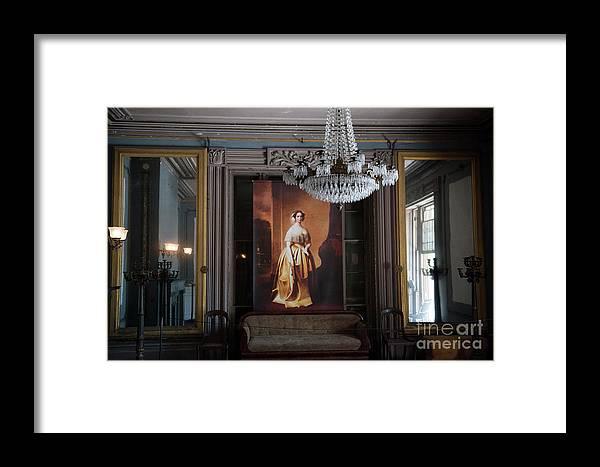 Aiken Rhett House Framed Print featuring the photograph Living Large by Dale Powell