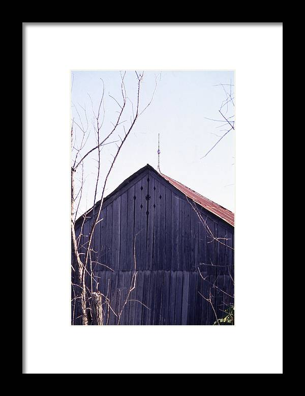 Framed Print featuring the photograph Lloyd Shanks Barn1 by Curtis J Neeley Jr