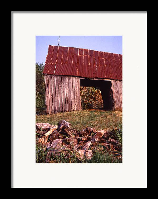 Framed Print featuring the photograph Lloyd Shanks Barn2 by Curtis J Neeley Jr