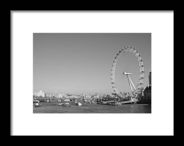 London Framed Print featuring the photograph London Eye In Black And White by Carmen Hooven