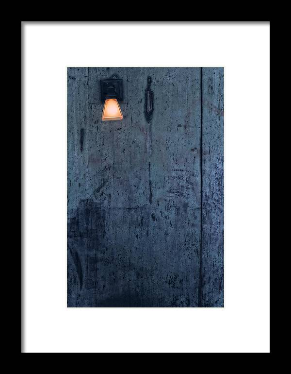 Stil Life Framed Print featuring the photograph Lonely Light by Robert Ullmann