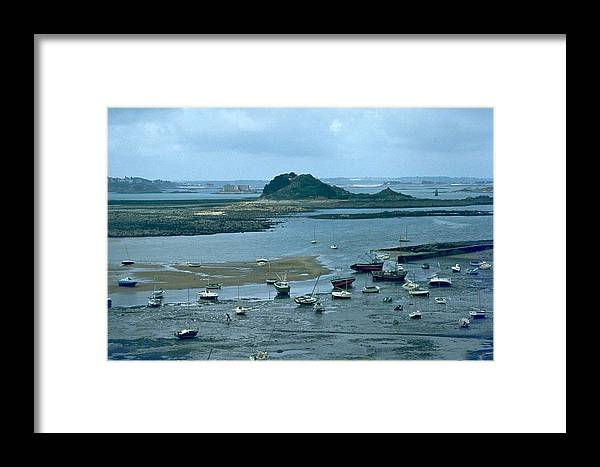 Low Tide Framed Print featuring the photograph Low Tide by Flavia Westerwelle