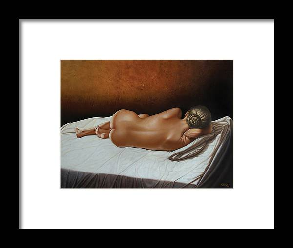 Nude Framed Print featuring the painting Luz De Ambar by Horacio Cardozo