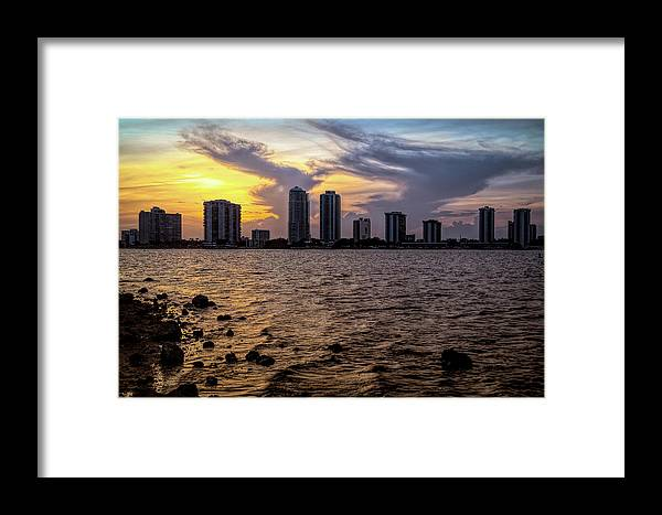 City Framed Print featuring the photograph Magical View by Rafael Gonzalez