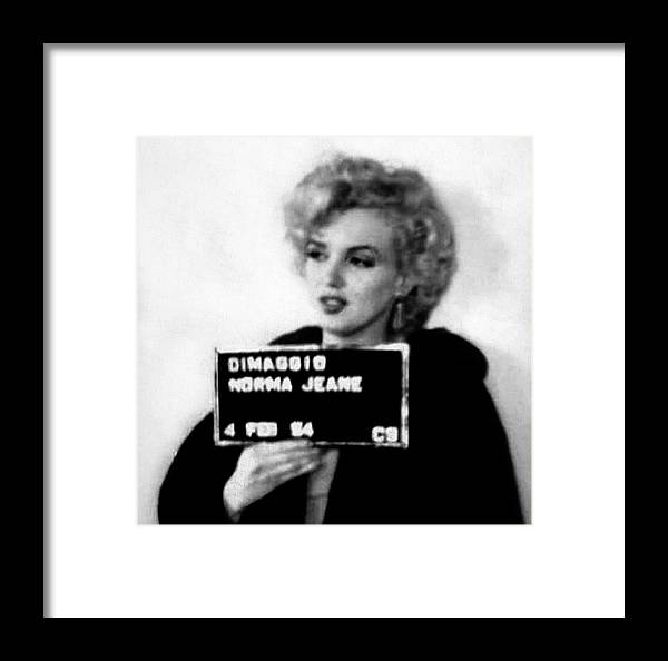 Marilyn Monroe Mugshot In Black And White Framed Print by Bill Cannon