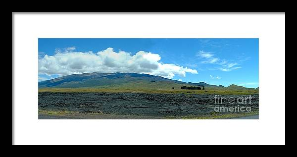 Landscape Framed Print featuring the photograph Mauna Loa Panorama by D Nigon