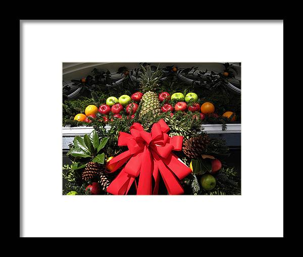 Christmas Cards Framed Print featuring the photograph Merry Christmas by Susanne Van Hulst