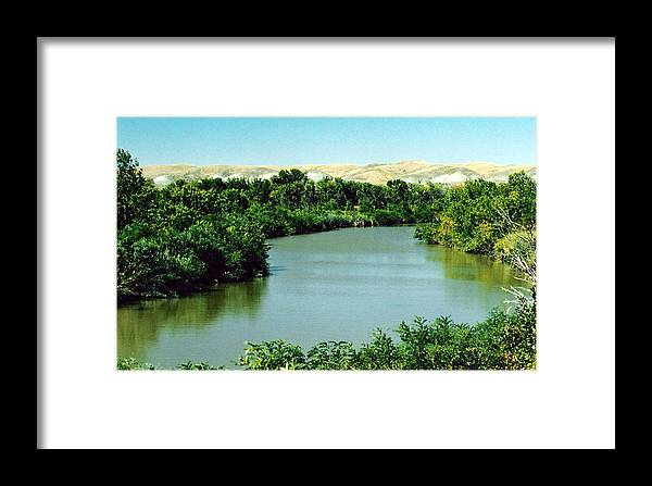 Landscape Framed Print featuring the photograph Missouri Autumn by Cindy Gregg