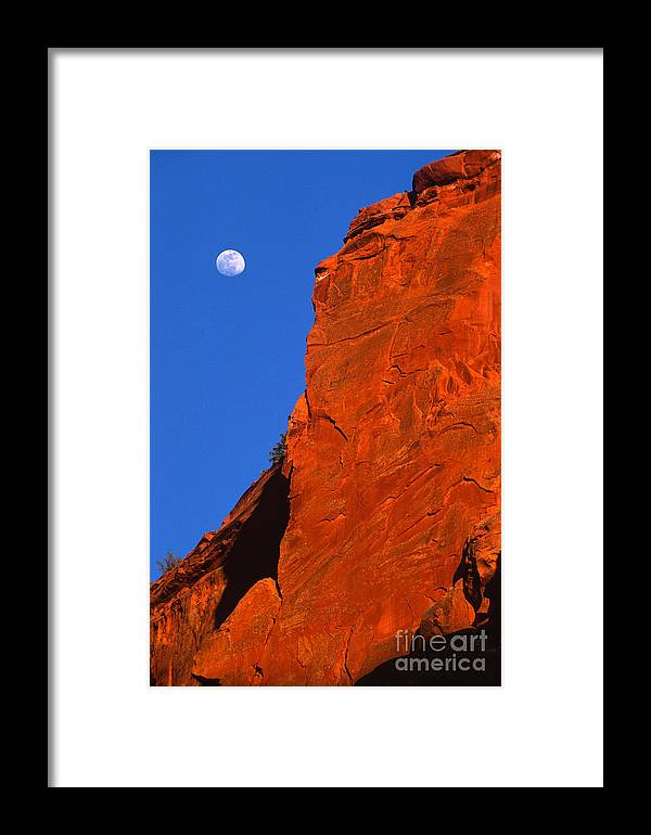 Full Moon Framed Print featuring the photograph Moonrise In Grand Staircase Escalante by Sandra Bronstein