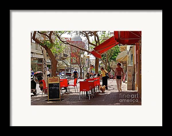 Morning Framed Print featuring the photograph Morning On A Street In Tel Aviv by Zalman Latzkovich