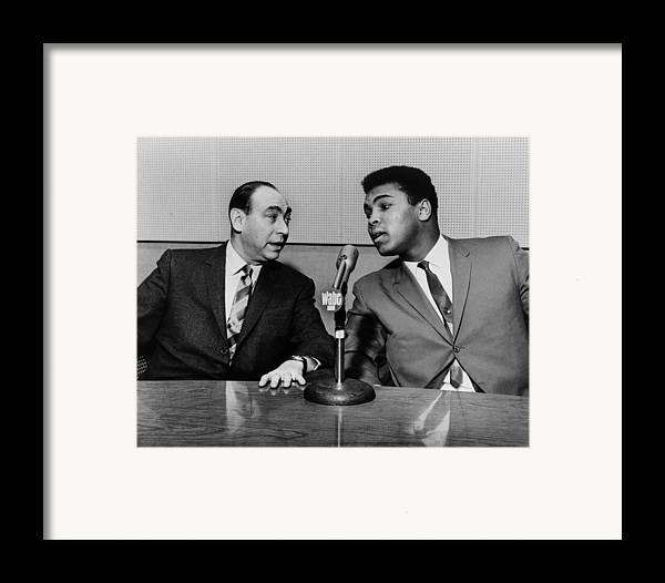 History Framed Print featuring the photograph Muhammed Ali And Howard Cosell by Everett