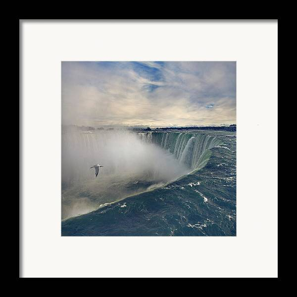 Square Framed Print featuring the photograph Niagara Falls by Istvan Kadar Photography