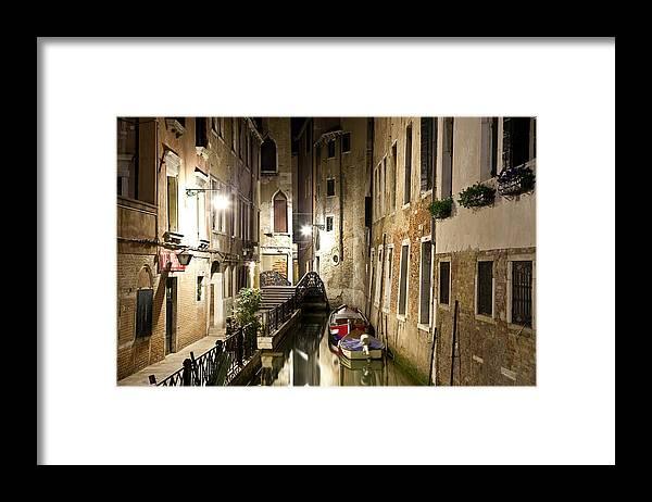Venezia Framed Print featuring the photograph Night da Mario by Marco Missiaja