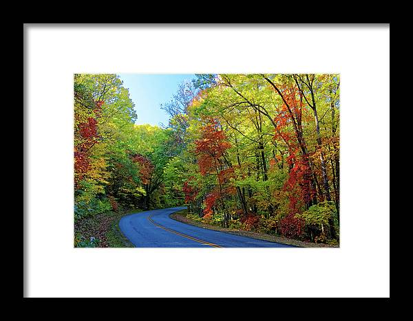 Landscape Framed Print featuring the photograph North Of The Folk Art Center In Fall by David Rowe