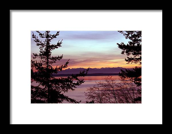 Sunset Framed Print featuring the photograph Oak Harbor Sunset 1016 by Mary Gaines