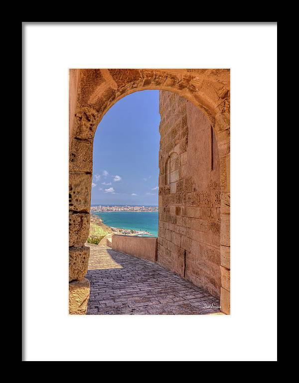 Santa Barbara Castle Framed Print featuring the photograph Ocean View by David Simpson