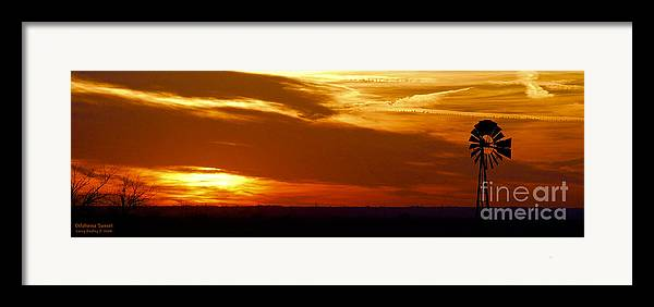 Landscape Framed Print featuring the photograph Oklahoma Sunset by Larry Keahey