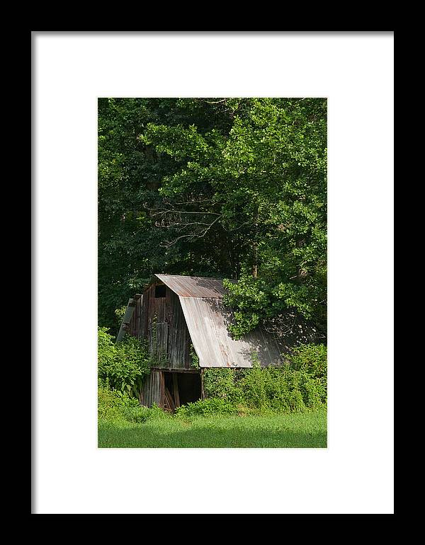 Old Barn Framed Print featuring the photograph Old Barn. by Itai Minovitz