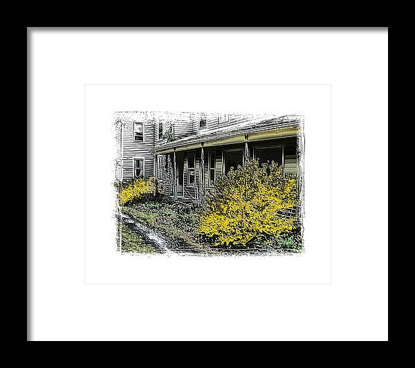 Landscape Framed Print featuring the photograph Old Homeplace by Robert Boyette