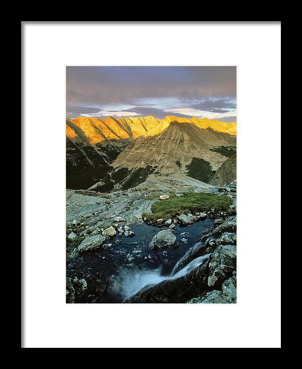 Pioneer Mountains Framed Print featuring the photograph Pioneer Mountains by Leland D Howard
