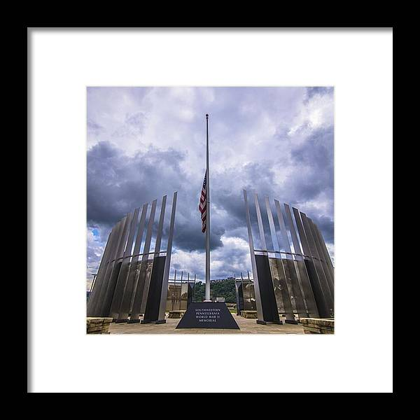 Bridge Framed Print featuring the photograph Pittsburgh War Memorial Just Outside by David Haskett II