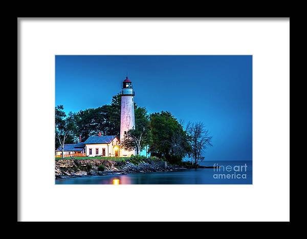 Pointe Aux Barques Lighthouse Framed Print featuring the photograph Pointe Aux Barques Lighthouse At Dawn by Larry Knupp